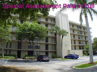 Condo For Sale: 17 Royal Palm Way #302