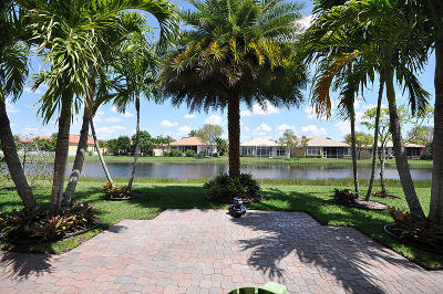 Buena Vida Single Family Home For Sale: 9377 Via Grande W