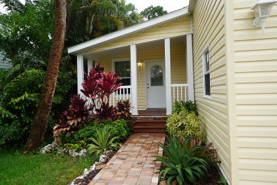Jupiter Single Family Home For Sale: 605 Pinegrove Avenue