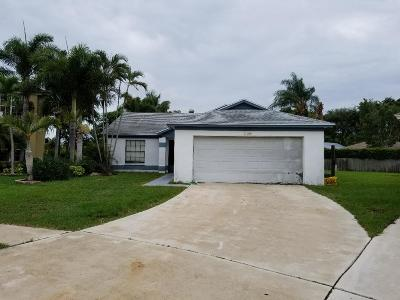 Lake Worth FL Single Family Home For Sale: $260,000