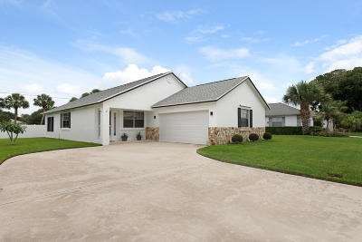 Jupiter Single Family Home Contingent: 125 Raintree Trail