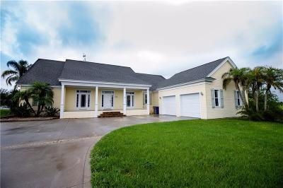 Vero Beach Single Family Home For Sale: 6655 3rd Place SW