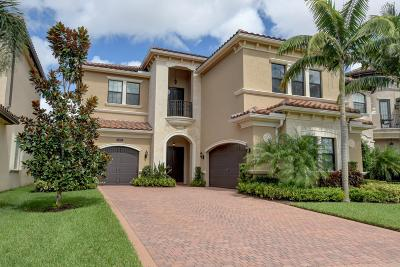 Delray Beach Single Family Home For Sale: 8301 Banpo Bridge Way