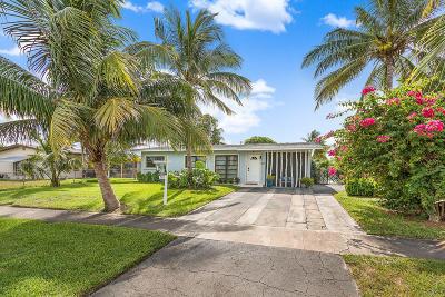 Lantana Single Family Home For Sale: 815 S Arnold Avenue