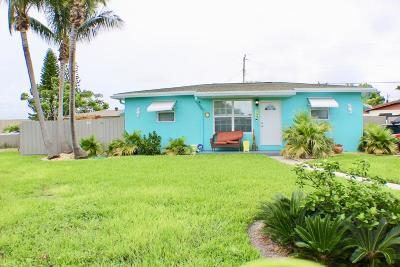 Lantana Single Family Home For Sale: 1123 S 14th Court