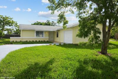 Port Saint Lucie Single Family Home For Sale: 1962 SE Redwing Circle