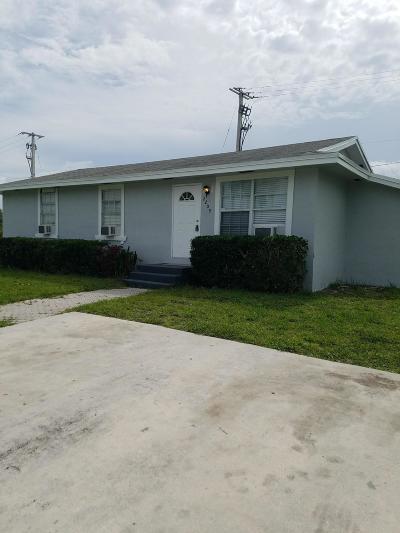 Boynton Beach Single Family Home Contingent: 2209 NE 1st Lane
