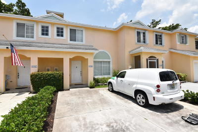 Deerfield Beach FL Townhouse For Sale: $214,900