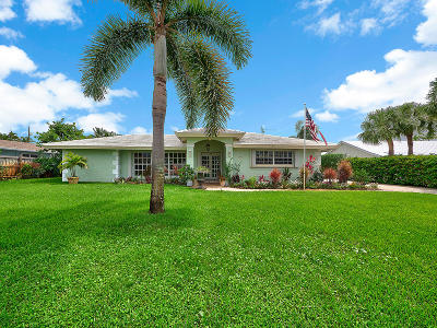 Tequesta Single Family Home Contingent: 99 Golfview Drive