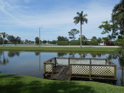 Lake Worth Single Family Home For Sale: 8449 Bonita Isle Drive