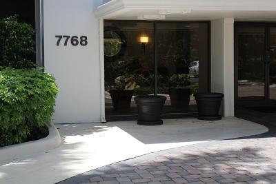 Boca Raton Condo For Sale: 7768 Lakeside Boulevard #571