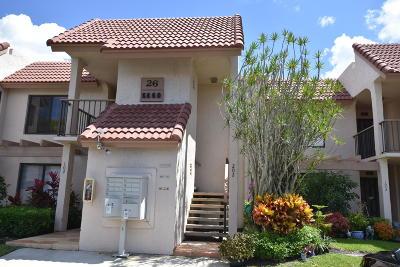 Boynton Beach Condo For Sale: 5660 Fairway Park Drive #202