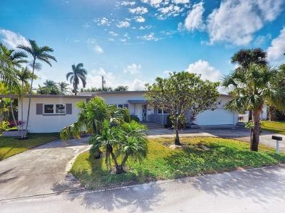 Riviera Beach Single Family Home For Sale: 1051 Bimini Lane