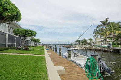 North Palm Beach Condo For Sale: 68 Yacht Club Drive #5