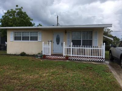 West Palm Beach Single Family Home For Sale: 1338 9th Court