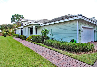 Single Family Home Sold: 1559 SE Tidewater Place