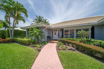 Boynton Beach Single Family Home For Sale: 4570 S Lake Drive