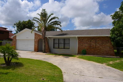 Lake Clarke Shores Single Family Home For Sale: 1900 Travis Road