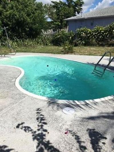 Lake Worth Single Family Home For Sale: 1125 Peak Road