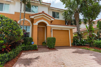 Boynton Beach Townhouse Contingent: 7210 Briella Drive