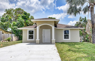 Boynton Beach Single Family Home For Sale: 261 Atlantic Drive