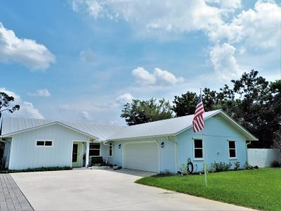 Hobe Sound Single Family Home For Sale: 8898 SE Pine Cone Lane