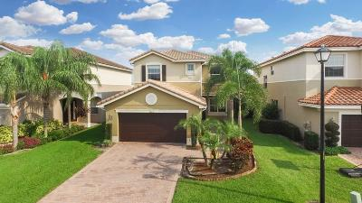 Canyon Isles, Canyon Isles 2, Canyon Isles 1, Canyon Isles 3, Canyon Lakes, Canyon Lakes 2, Canyon Lakes 3, Canyon Lakes 4, Canyon Lakes 5, Canyon Lakes 6, Canyon Lakes Preserve Area 4, Canyon Springs, Canyon Trails Rental Contingent: 8268 Calabria Lakes Drive