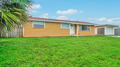 Lake Worth Single Family Home For Sale: 7979 Terrace Road