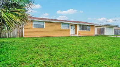 Lantana Single Family Home For Sale: 7979 Terrace Road