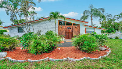West Palm Beach Single Family Home For Sale: 335 Forest Estate Drive