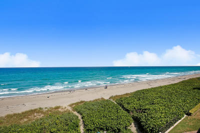 Highland Beach Townhouse For Sale: 2565 S Ocean Boulevard #209n