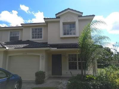 Boca Raton Townhouse For Sale: 10174 Boca Palm Drive