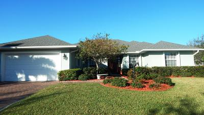 Vero Beach Single Family Home For Sale: 455 Greystone Court SW
