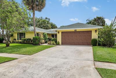 North Palm Beach Single Family Home Contingent: 2641 Pepperwood Circle