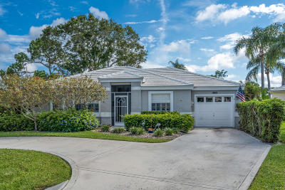 Tequesta Single Family Home For Sale: 18101 SE Fairview Circle