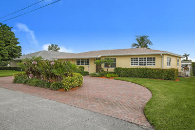 Lake Clarke Shores Single Family Home For Sale: 1515 Palm Circle