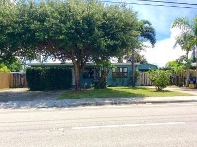 Lantana Single Family Home Contingent: 3630 Seacrest Boulevard