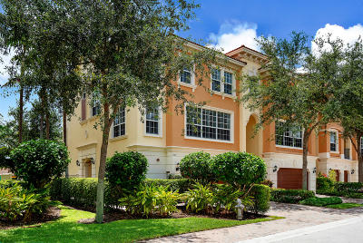 Boca Raton Townhouse For Sale: 5560 NE Trieste Way