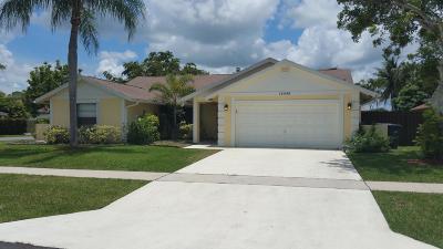 Wellington Single Family Home For Sale: 14456 Larkspur Lane