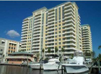 Boynton Beach Condo For Sale: 625 Casa Loma Boulevard #404