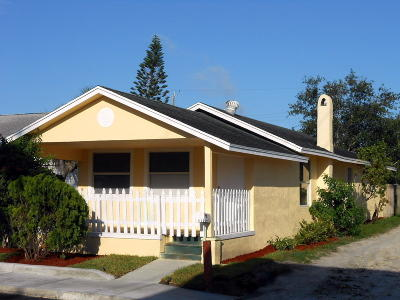 Lake Worth Single Family Home For Sale: 11 S D Street