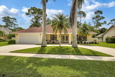Wellington Single Family Home For Sale: 570 Kingsbury Terrace