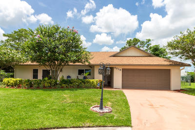 Lake Worth Single Family Home For Sale: 8216 Chatuga Court