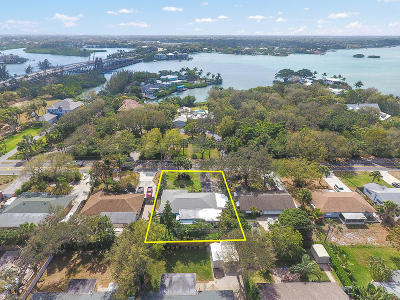 Jupiter Single Family Home For Sale: 117 E Riverside Drive