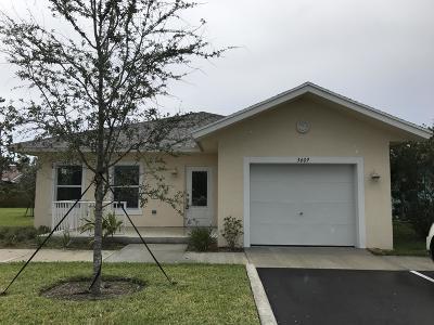 Lake Worth Single Family Home Contingent: 3609 Davis Landings Circle