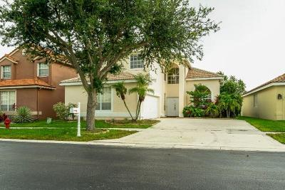 Lake Worth Single Family Home For Sale: 6017 Newport Village Way