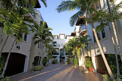 Delray Beach Townhouse For Sale: 65 NE 4th Avenue #G