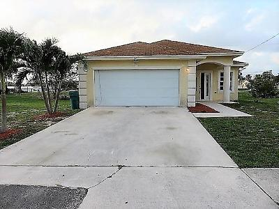Boynton Beach Single Family Home For Sale: 829 SW 1st Court