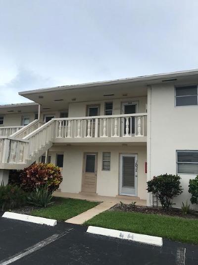 Boynton Beach Single Family Home For Sale: 2212 NE 1st Way #204