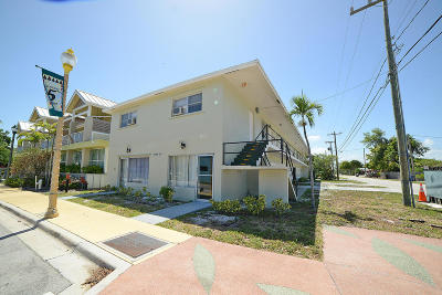 Delray Beach Multi Family Home For Sale: 98 NW 5th Avenue
